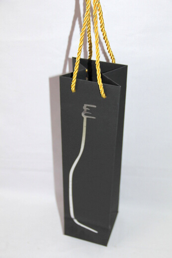 210g black cardboard wine bag with silver foil printing bottle shape, #03033