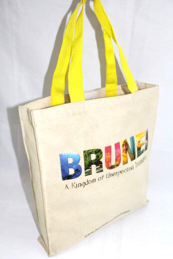 Reusable promotional cotton/canvas shopping totes with custom print/logo, tourist souvenir, Bruni, #04-038