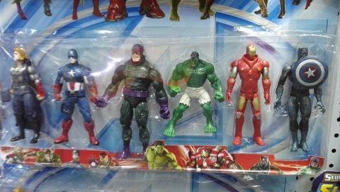 figure toys wholesale in Yiwu market China