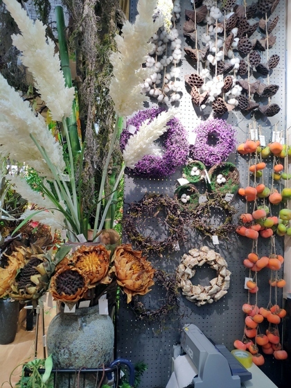 9103 ZUOMOGONGYI artificial flowers & plants factory wholesale supplier showroom 009