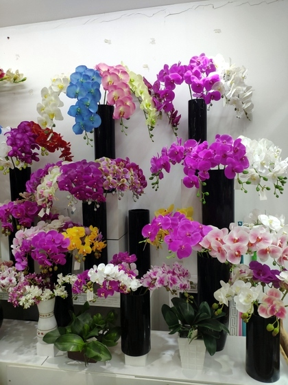 9104 SIHAI Artificial Flowers & Plants showroom 003