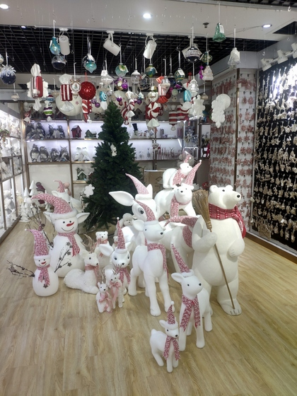 9110B ZUOFEI Christmas Decor Factory Wholesale Supplier showroom 004