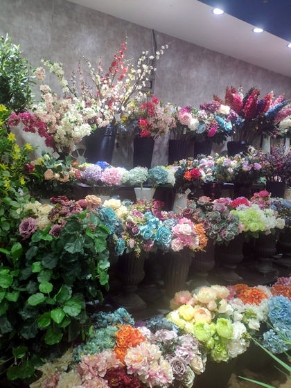 9111 TINGXUAN Flowers Factory Wholesale Supplier in Yiwu China. Showroom 003