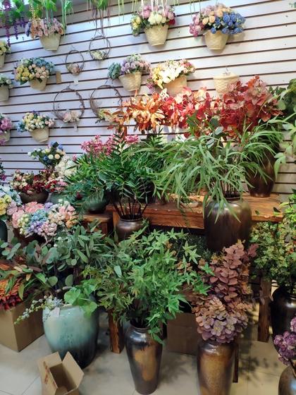 9113 SuRong Plastic Flowers Factory Wholesale Supplier Showroom 003