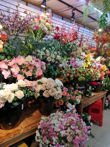 9113 SuRong Plastic Flowers Factory Wholesale Supplier Showroom 005