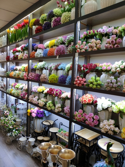 9118 SHENGDA Imitation Flowers Showroom 002