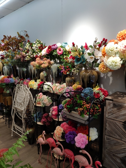 9118 SHENGDA Imitation Flowers Showroom 004