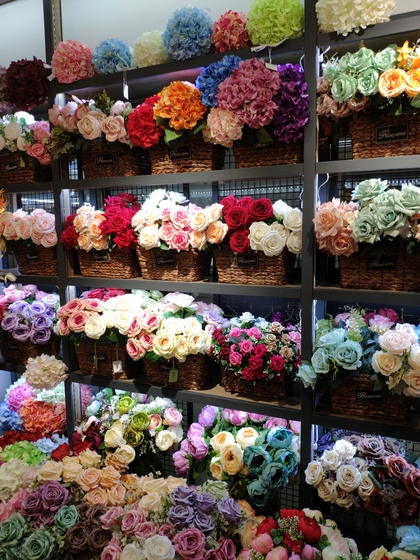9118 SHENGDA Imitation Flowers Showroom 008