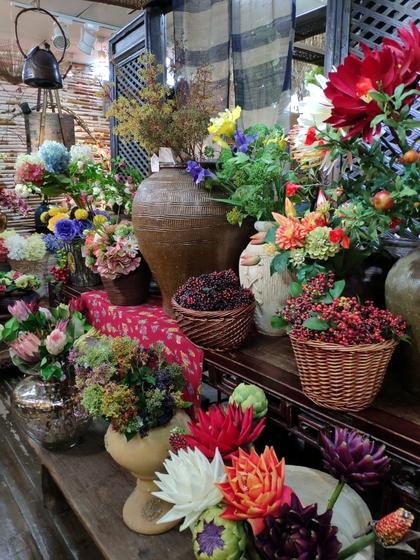 9121 LouJia Flowers Showroom 003