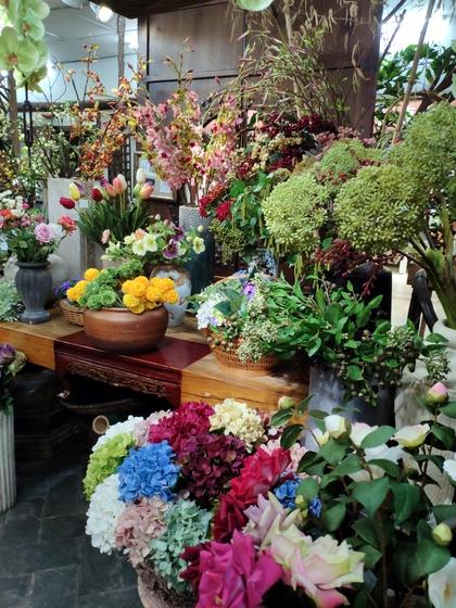 9121 LouJia Flowers Showroom 004