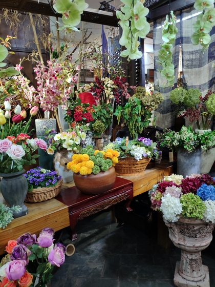 9121 LouJia Flowers Showroom 005