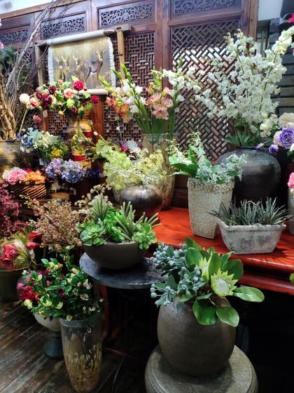 9121 LouJia Flowers Showroom 007