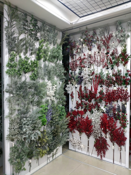9128 MuCheng Christmas Flowers Showroom 004