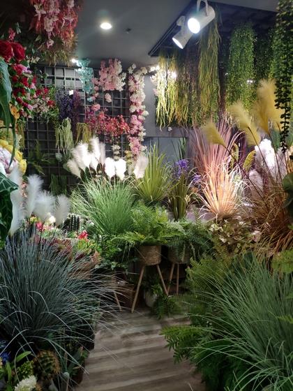 9144 ZhiYi Flowers Showroom 003