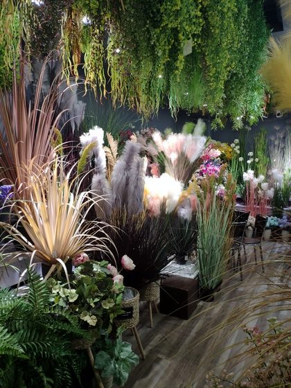 9144 ZhiYi Flowers Showroom 004