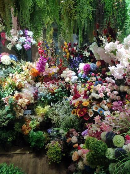 9149 YiXin Manmade Flowers Showroom 001