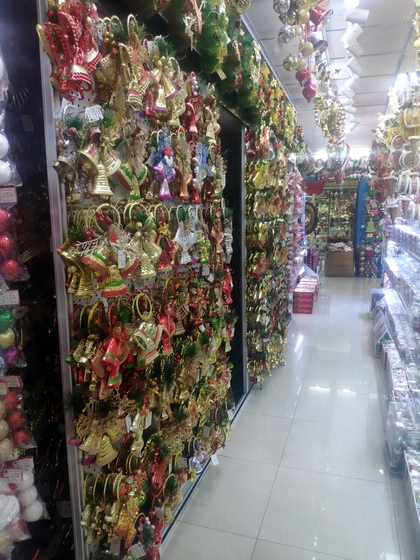 9151A JQ Christmas Gifts Factory Wholesale Supplier in Yiwu China. Showroom 013