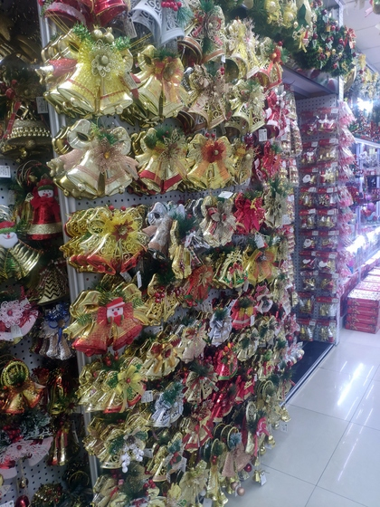 9151A JQ Christmas Gifts Factory Wholesale Supplier in Yiwu China. Showroom 016