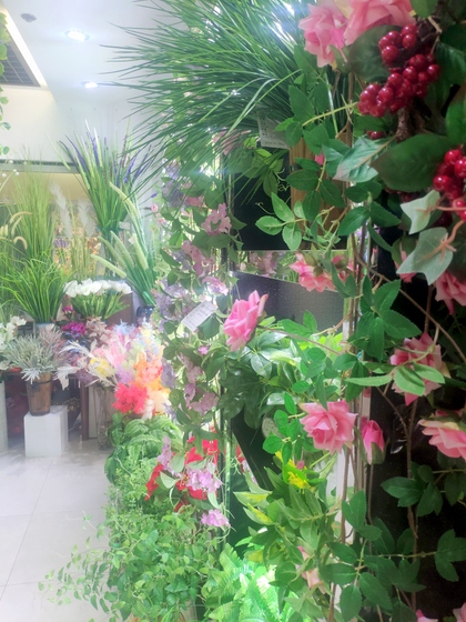 9167 TIANYUAN Artificial Floral Factory Wholesale Supplier Yiwu China. Showroom  008