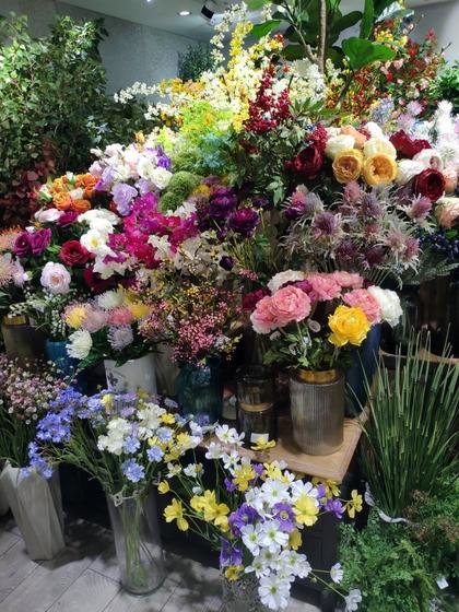 9174 KeXuan Flowers Showroom 001