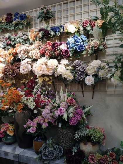 9182 LiuLanYing Flowers Showroom 004
