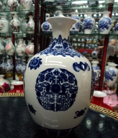 cheap Chinese vase