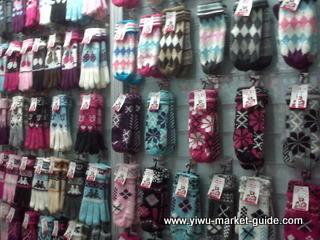 cheap knitting gloves