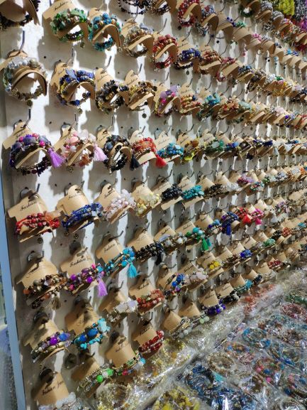 Dollar store bracelets wholesale in Yiwu market