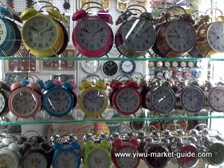 small normal clock wholesale yiwu china