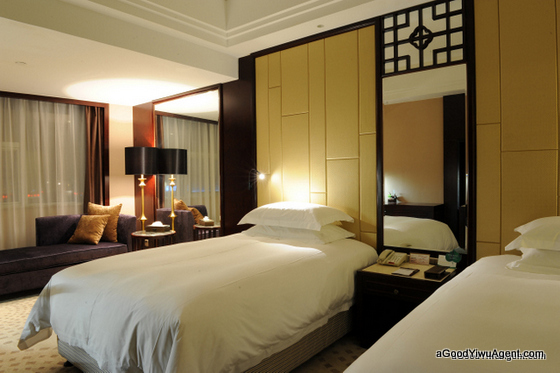4 Star Hotel RIGHT Inside Yiwu Market twin bed room