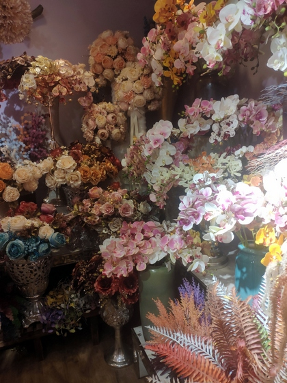 9101 YIZHENG Artificial Flowers & Plants wholesale supplier showroom 006