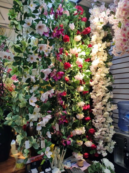 9113 SuRong Plastic Flowers Factory Wholesale Supplier Showroom 006