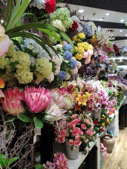 9117 JunTing Artificial Flowers Showroom 005