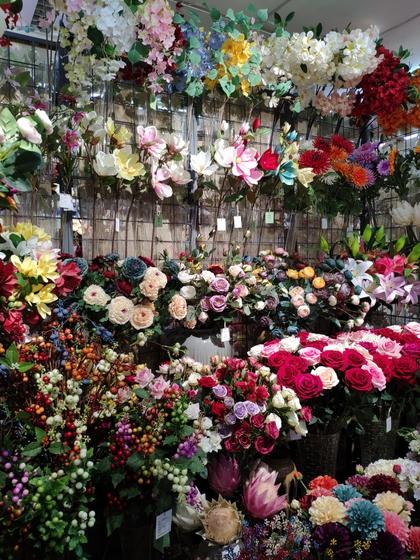 9118 SHENGDA Imitation Flowers Showroom 003