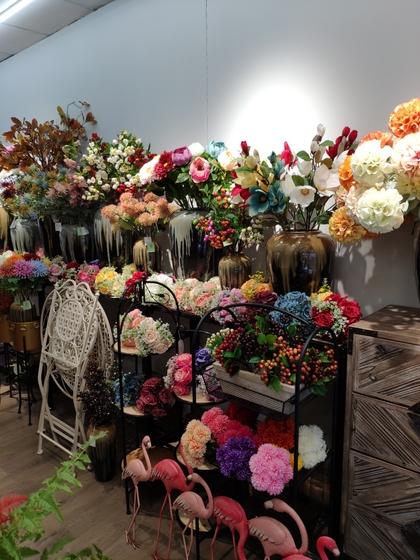 9118 SHENGDA Imitation Flowers Showroom 004