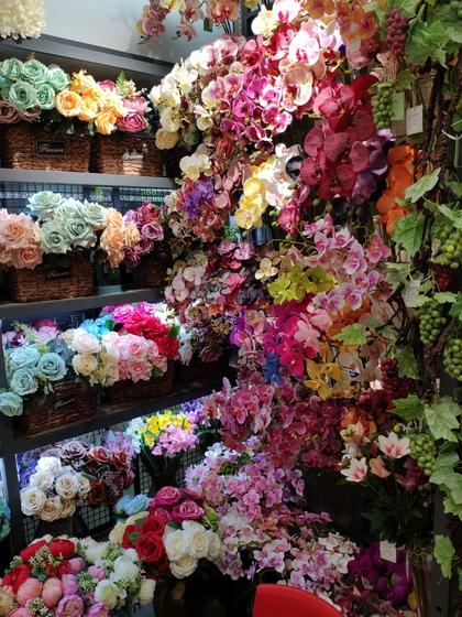 9118 SHENGDA Imitation Flowers Showroom 007