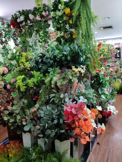 9119 HongShuLin Man Made Flowers Showroom 002