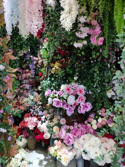 9120 JunWei Artificial Flowers Showroom 002