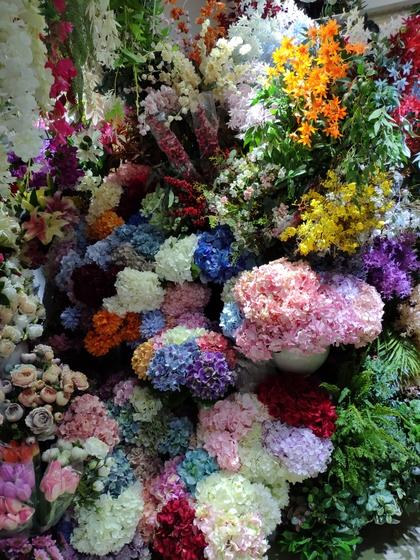 9120 JunWei Artificial Flowers Showroom 004