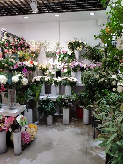 9122 HangBin Fake Plants Showroom 001