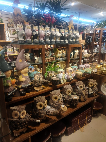 9136 SHZM Home Decor Giftware Factory Wholesale Supplier in Yiwu China. Showroom 007