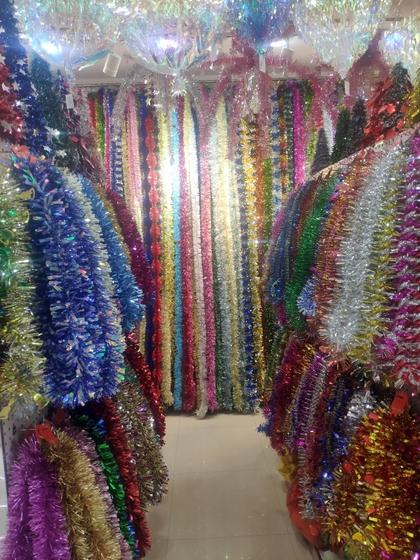 9180 YINGYUE Christmas Garlands Factory Wholesale Supplier in Yiwu China. Showroom 005
