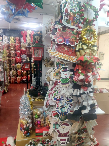 9192 ZHANBANG Christmas Decor wholesale factory supplier in yiwu China. Showroom 006