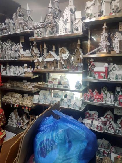 9192 ZHANBANG Christmas Decor wholesale factory supplier in yiwu China. Showroom 008