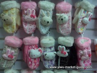 cartoon gloves wholesale