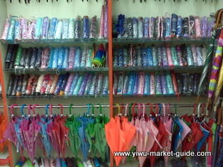 cheap umbrellas wholesale in Yiwu market