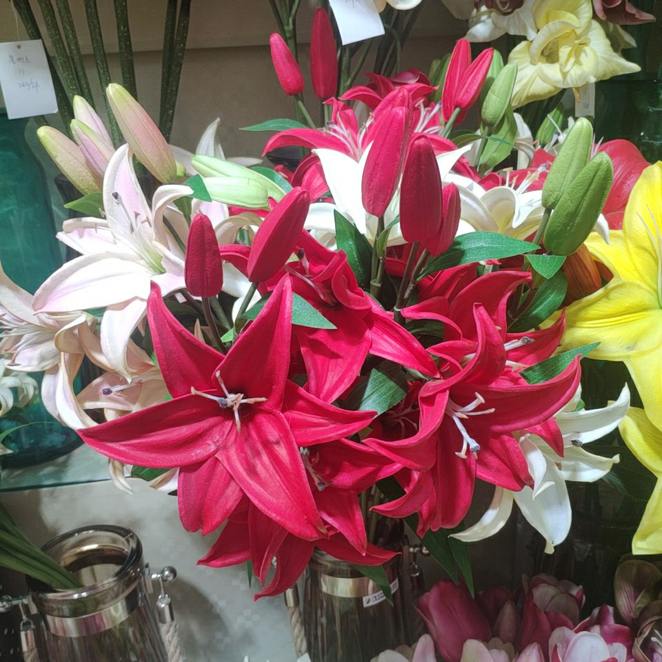 Lily flowers real touch (PU), Yiwu China 0