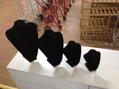 velvet necklace display for wholesale in Yiwu market, China