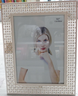 zink-alloy photo frame with stones
